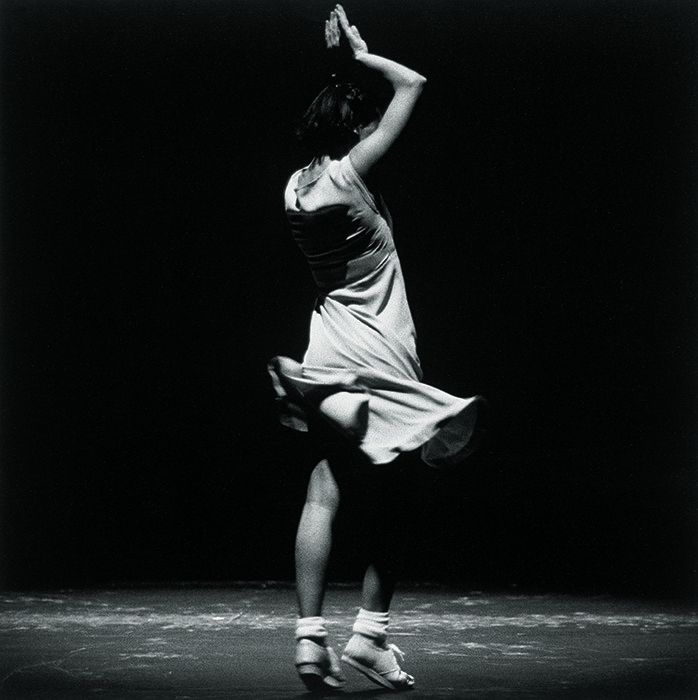 ローザス「ファーズ―Fase」Fase,Four Movements to the Music of Steve Reich (c)Herman Sorgeloos