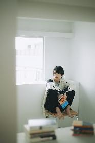 2.5次元の舞台で活躍中の俳優・和田雅成が「芸術新潮」に登場 読書愛を語り、本人撮影による自宅本棚の写真も掲載