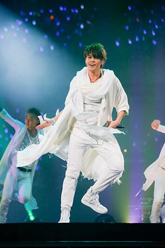 宮野真守「MAMORU MIYANO LIVE TOUR 2015-16 ~GENERATING!~」最終公演の様子。(Photo by hajime kamiiisaka)