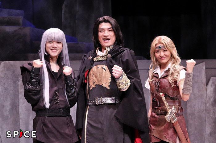 (左から)林翔太、松崎祐介、佃井皆美
