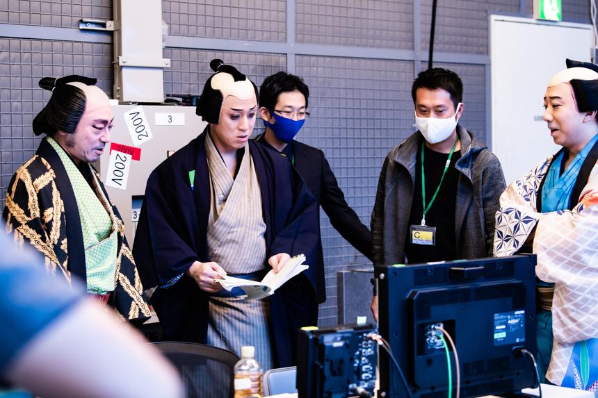 (左から)中車、幸四郎、戸部(脚本)、藤森(監督)、猿之助