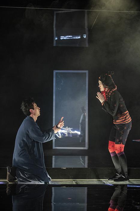 「鏡」  (Photo by Nah Seung-yeol, provided by National Theater Company of Korea.)