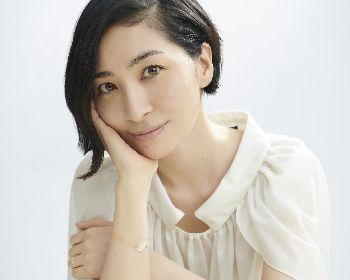 坂本真綾 25周年記念アルバム 『シングルコレクション+ アチコチ』 ジャケット写真&新アーティスト写真公開