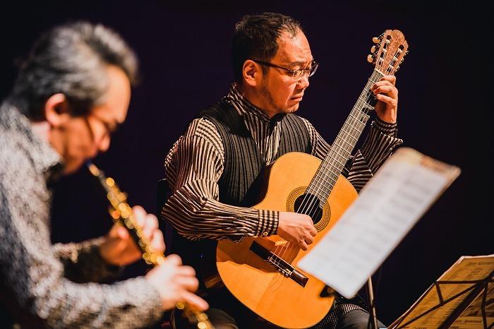 古部賢一(オーボエ)、鈴木大介(ギター)