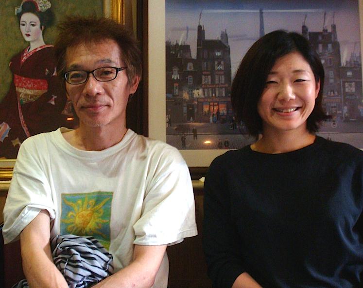 左から・「ナビロフト」プロデューサーの小熊ヒデジ、〈日本劇作家協会東海支部〉事務局長で『ナビイチリーディング』代表の鹿目由紀