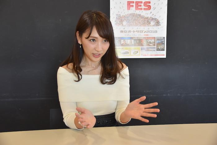 日本レースクイーン大賞のオフィシャルMCを務める渡辺順子