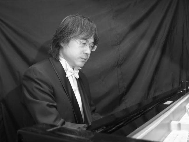 ピアニスト 伊藤隆之