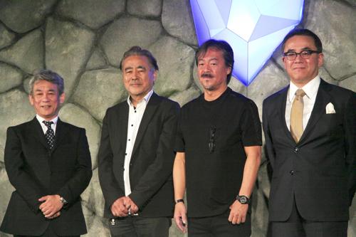 (左から)橋本真司、天野喜孝、坂口博信、松田洋祐