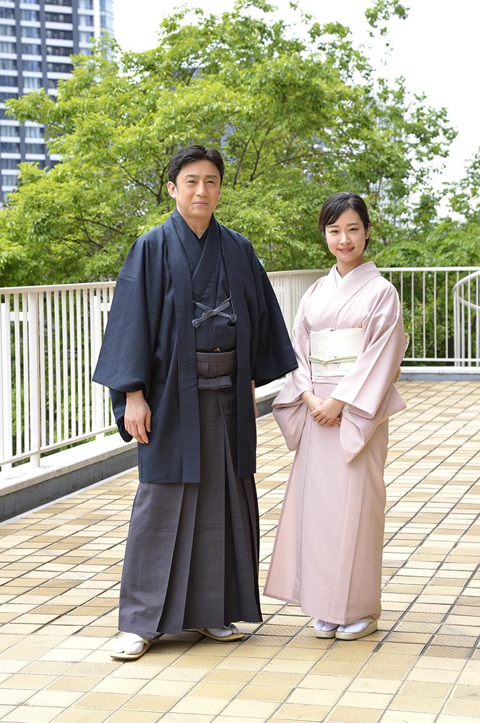 (左から)松本幸四郎、藤間爽子
