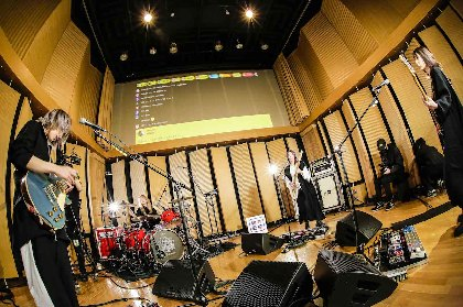 SCANDAL、Hump Back、ハルカミライ、MOROHAらが魅せたーー新しい無観客スタジオライブ中継イベント『聴志動感』