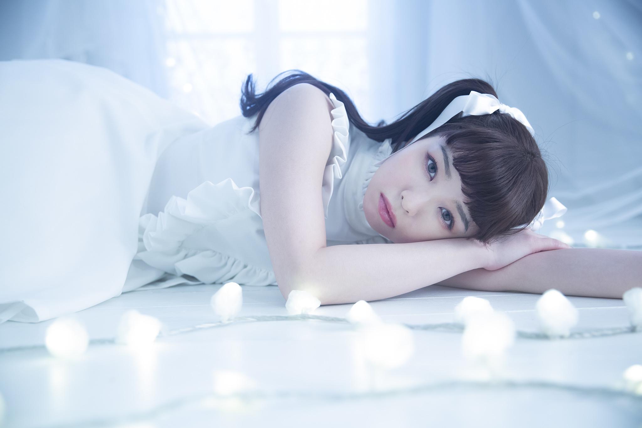 『春奈るな1stフォトブック LUNA』より (C)️KADOKAWA PHOTO/ISHIZUKA MASATO