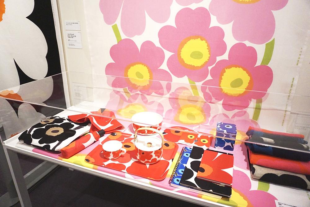 《ウニッコ》の図案が展開された製品、2003-09年、図案デザイン:マイヤ・イソラ、1964年