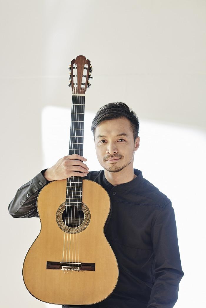 大萩 康司(ギター)(c) Shimon Sekiya