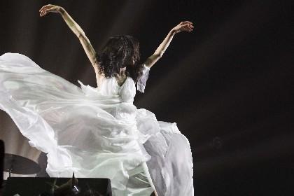 Coccoの20周年記念ライブが、映像作品&ライブアルバムとしてリリース決定