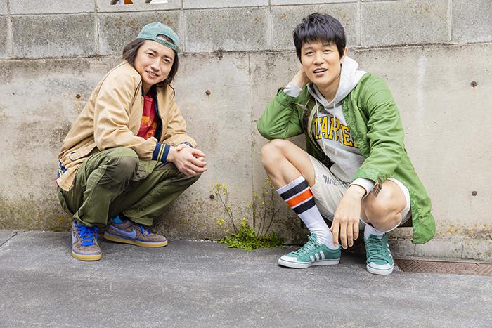 (左から)藤原竜也、鈴木亮平