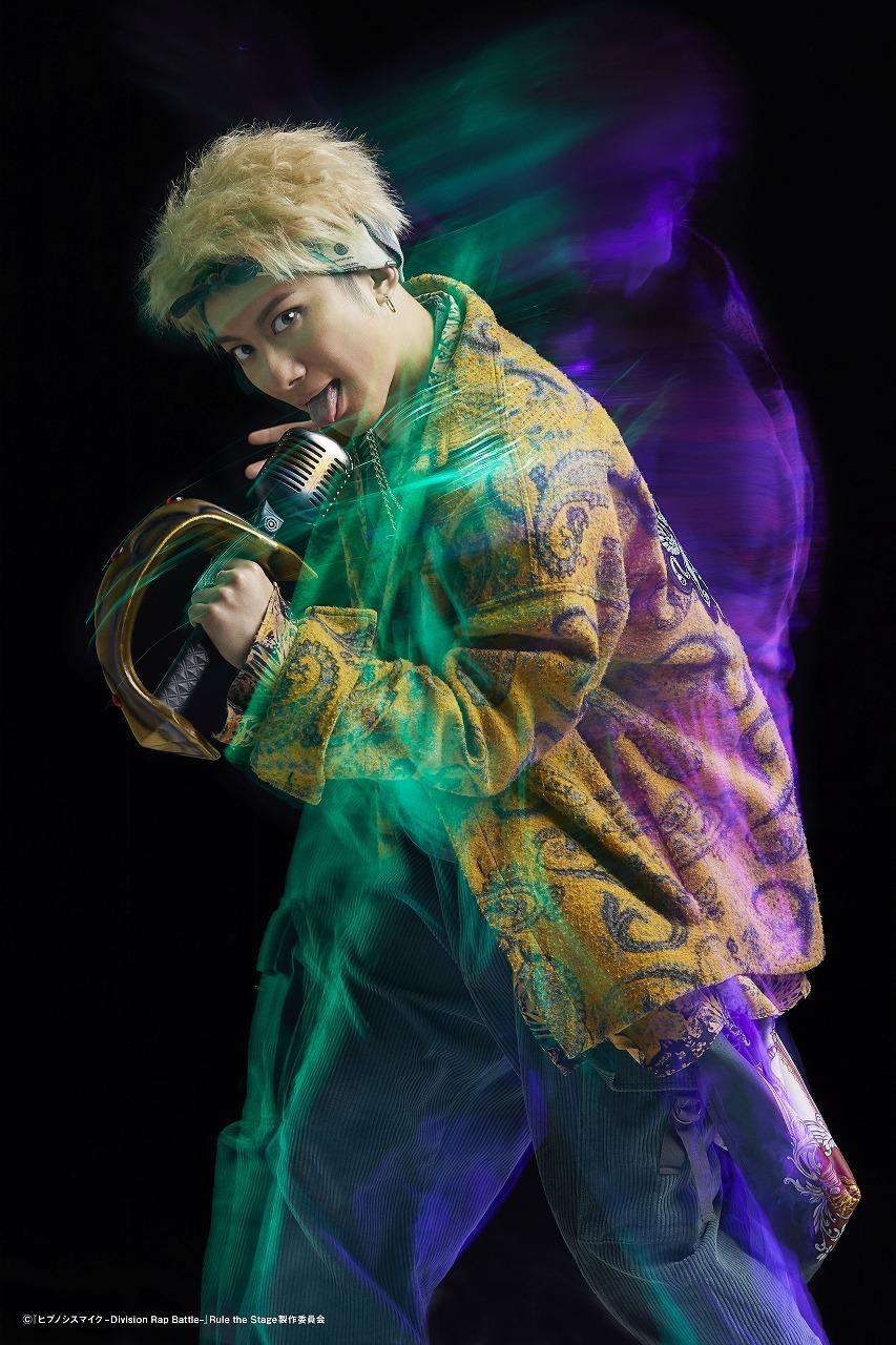 蛇穴健栄:松浦 司  (C)『ヒプノシスマイク-Division Rap Battle-』Rule the Stage 製作委員会