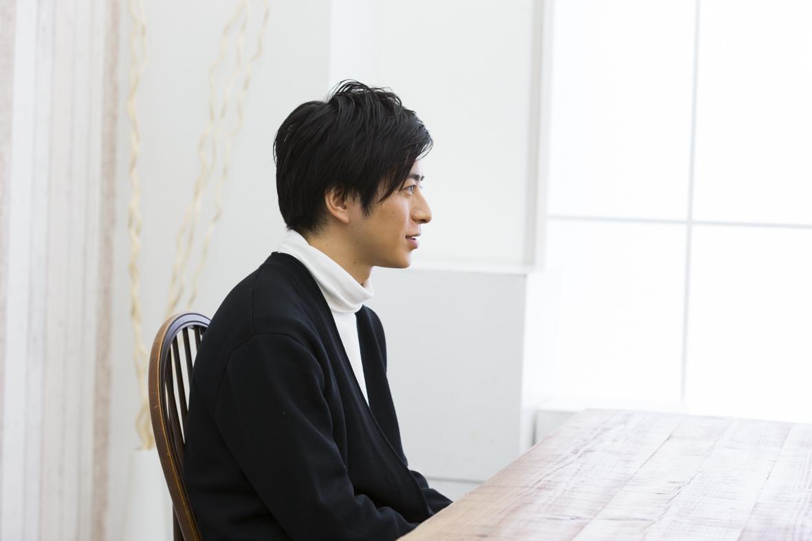 村井良大  撮影=山越隼