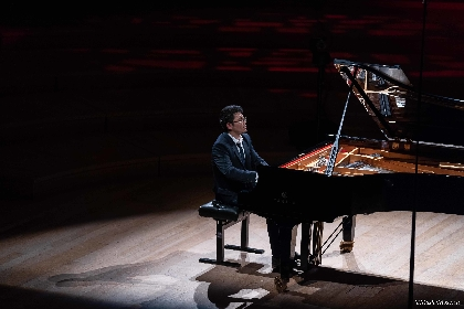 ピアニスト・三浦謙司が故郷や原点について語るーー5月にリサイタルツアーを開催