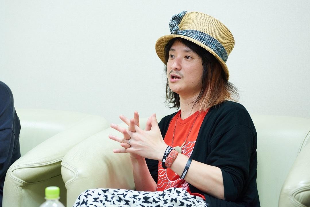 cinema staff飯田×アルカラ稲村 撮影=高村直希