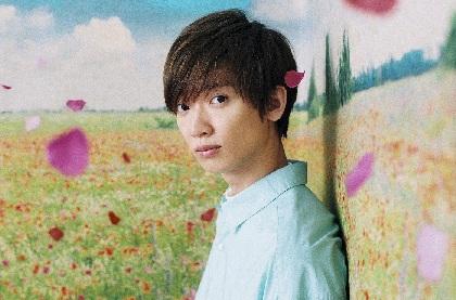 佐香 智久、3万枚の花びらを使用したシングル「フローリア」のアートワークを解禁 MVも公開に