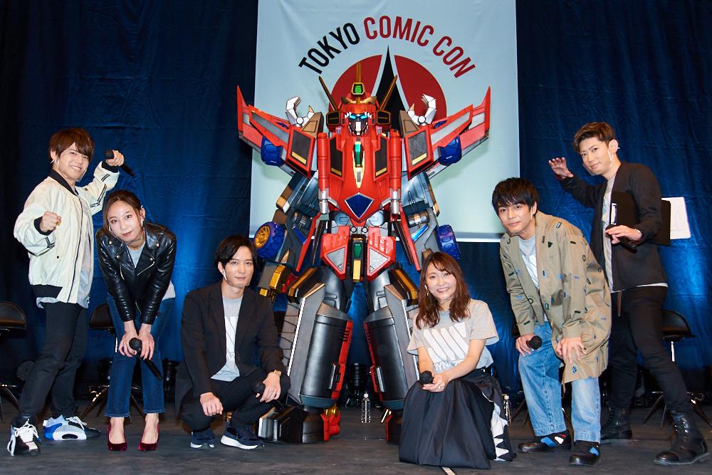 (C)円谷プロ (C)2021 TRIGGER・雨宮哲/「DYNAZENON」製作委員会