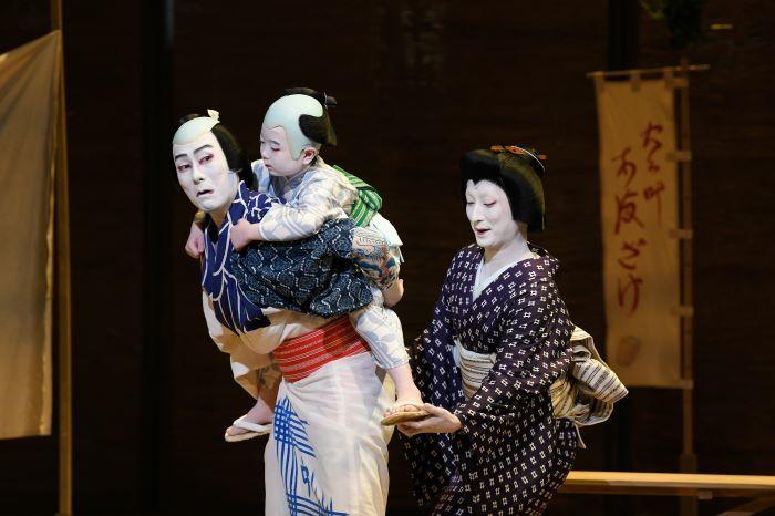 (左より)勘九郎、長三郎、七之助  /(C)松竹
