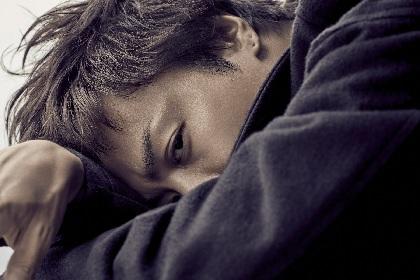 "EXILE TAKAHIRO、新シングルのビジュアル&ジャケット写真公開 ""力強い男らしさ""を表現"