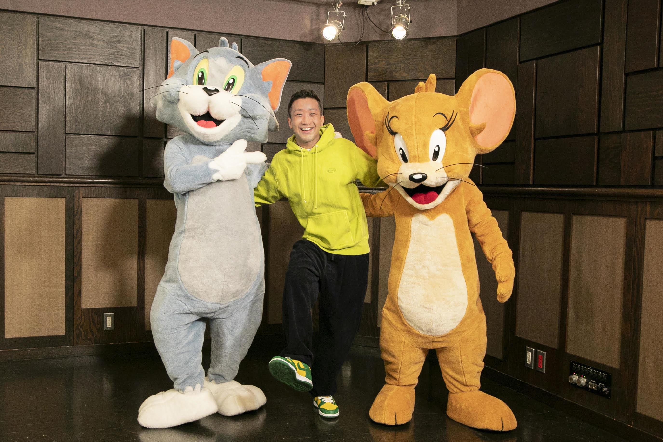 左から、トム、瑛人、ジェリー (C)2020 Warner Bros. All Rights Reserved.