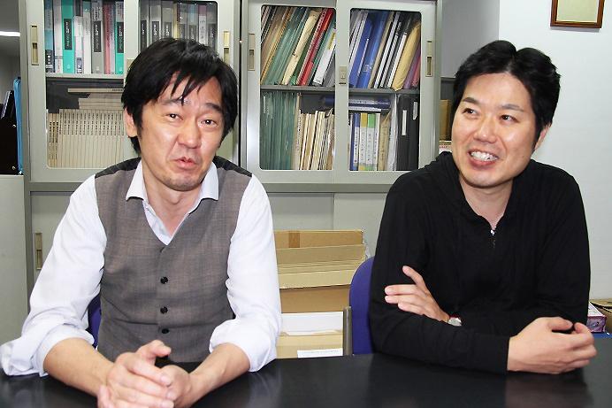 今回のフィガロ役 バリトン西尾岳史(左)とバリトン大谷圭介 (C)H.isojima