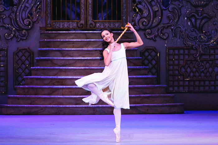 Francesca Hayward as Clara in The Nutcracker © ROH. TRISTRAM KENTON