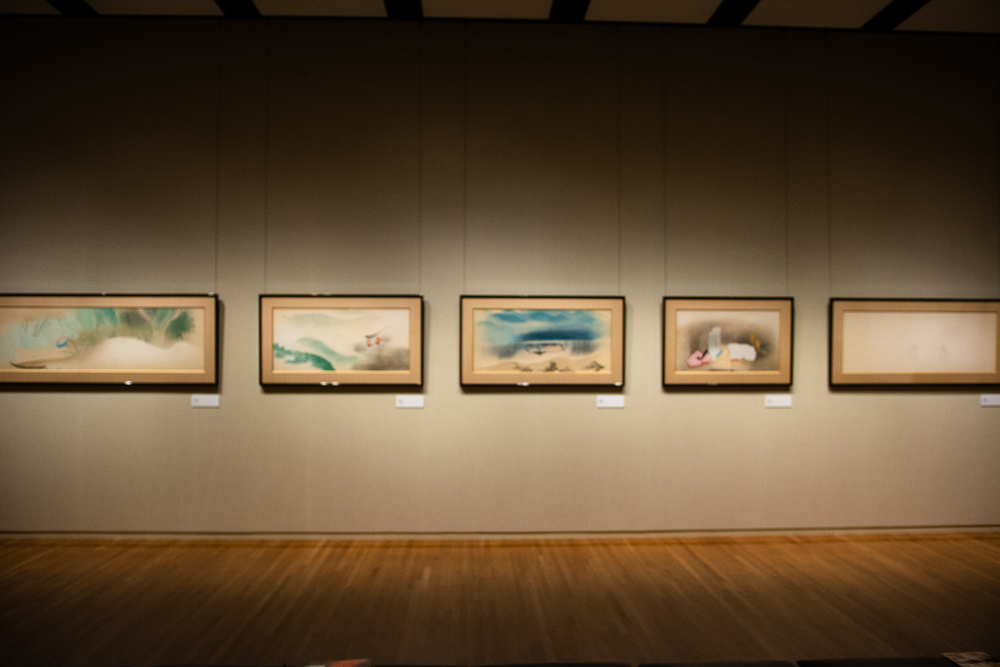 山種美術館「日本画の挑戦者たち」展示風景。小林古径《清姫》。