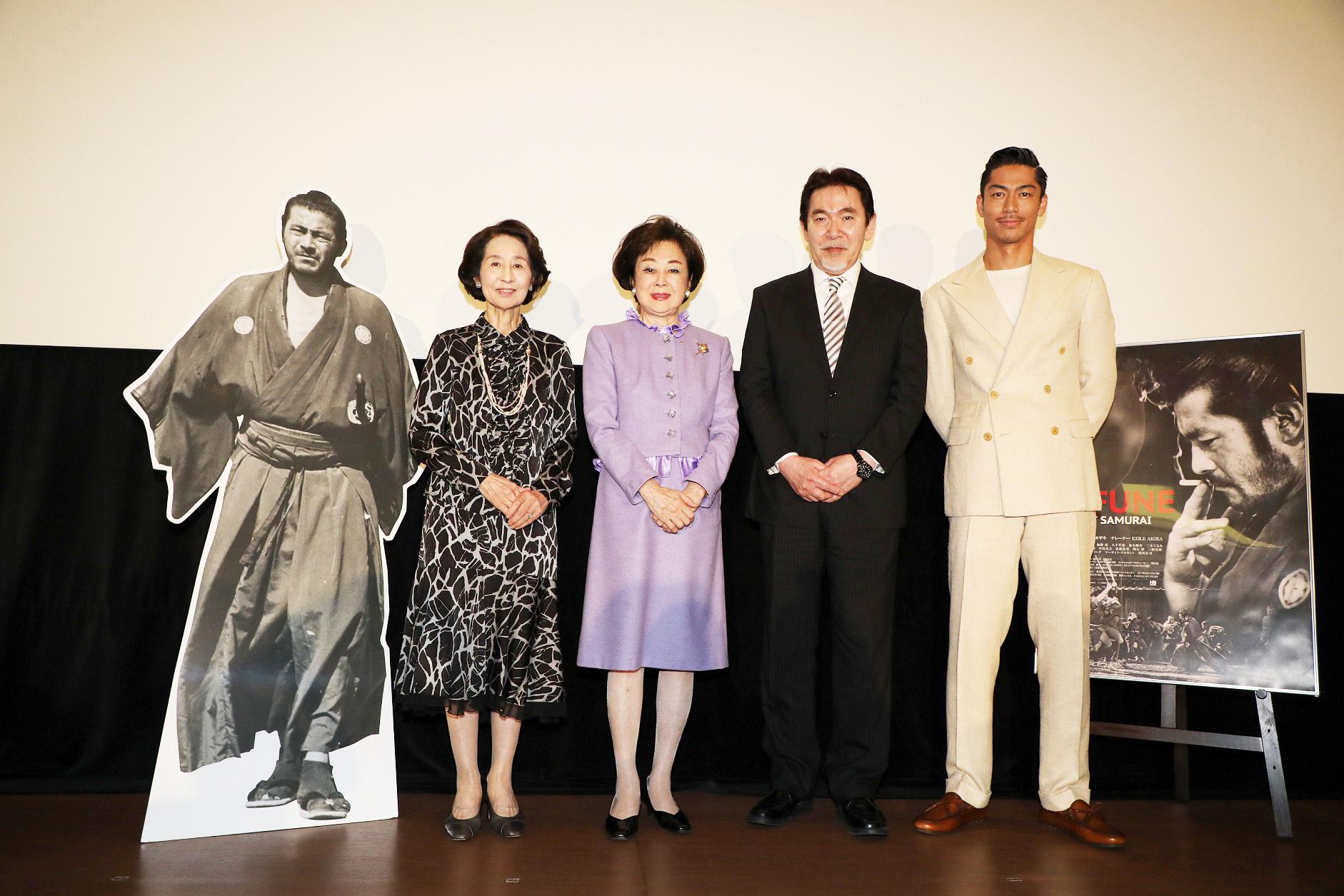 左から、香川京子、司葉子、三船史郎、AKIRA
