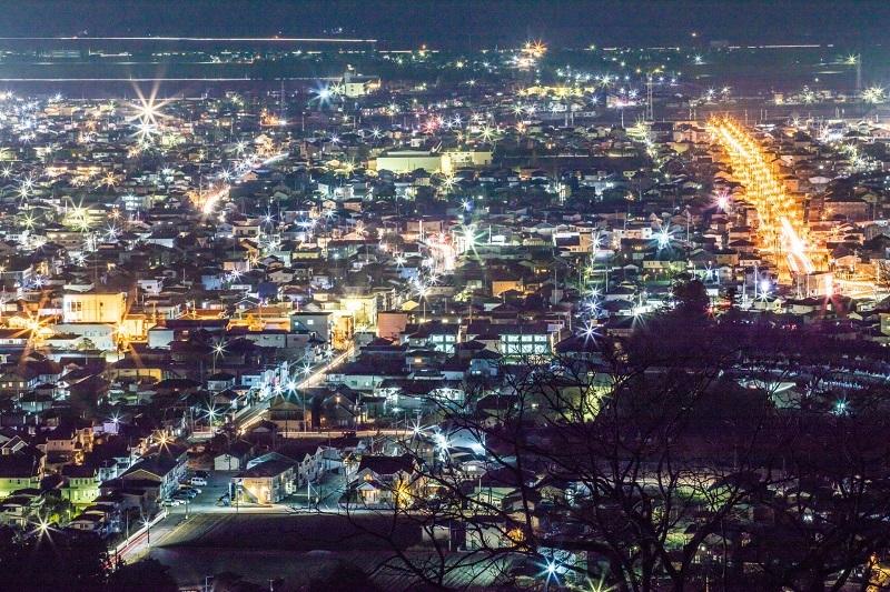 船岡城址公園(柴田)からの夜景「tohoku365.com」より