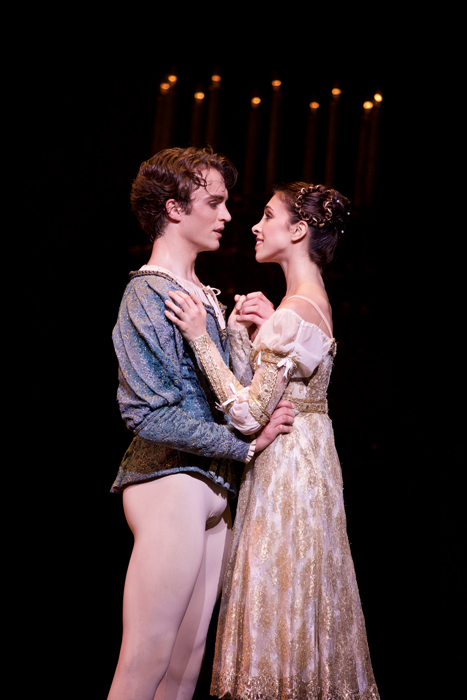 Romeo and Juliet. Matthew Ball as Romeo, Yasmine Naghdi as Juliet.  ©ROH, 2015. Photographed by Alice Pennefather