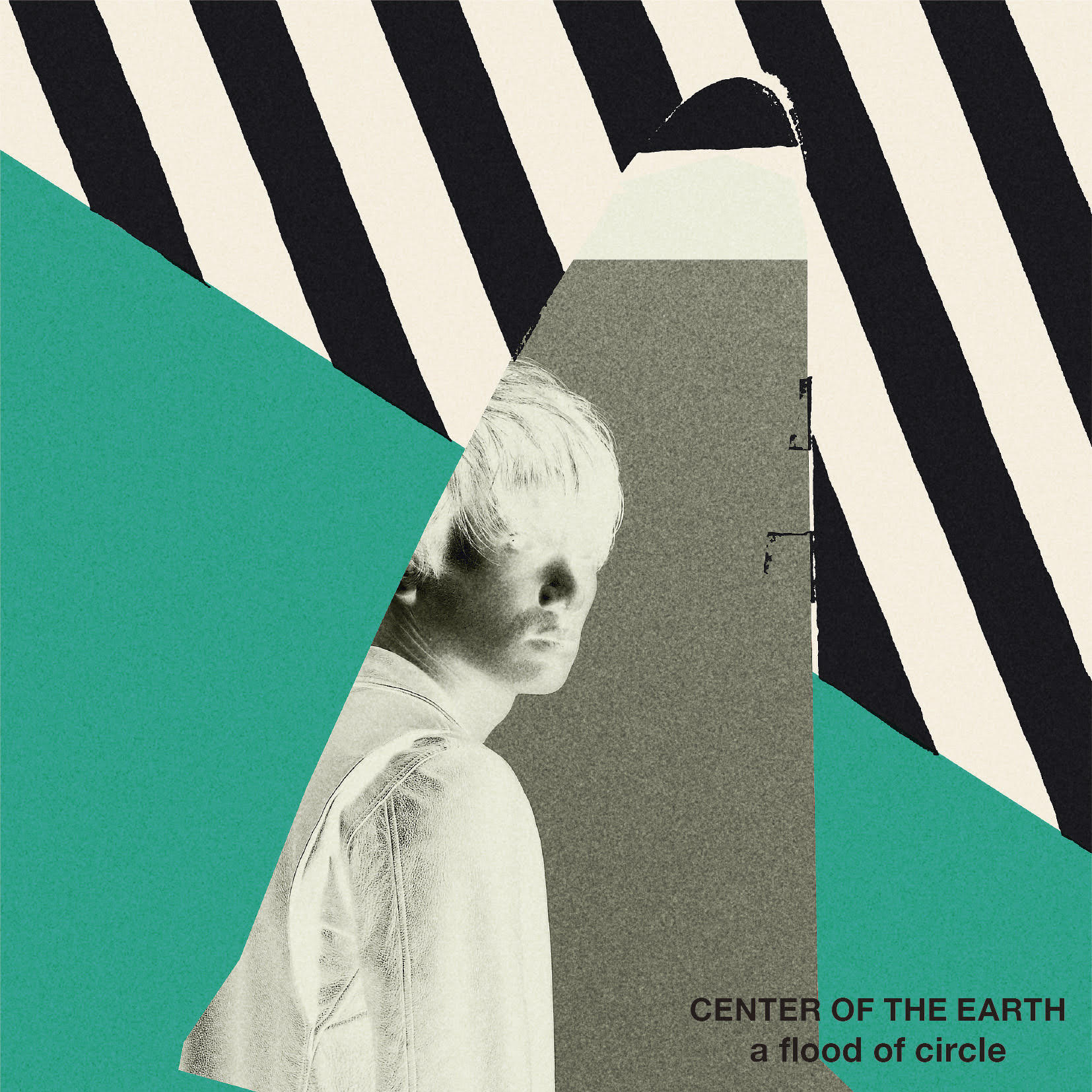 『CENTER OF THE EARTH』