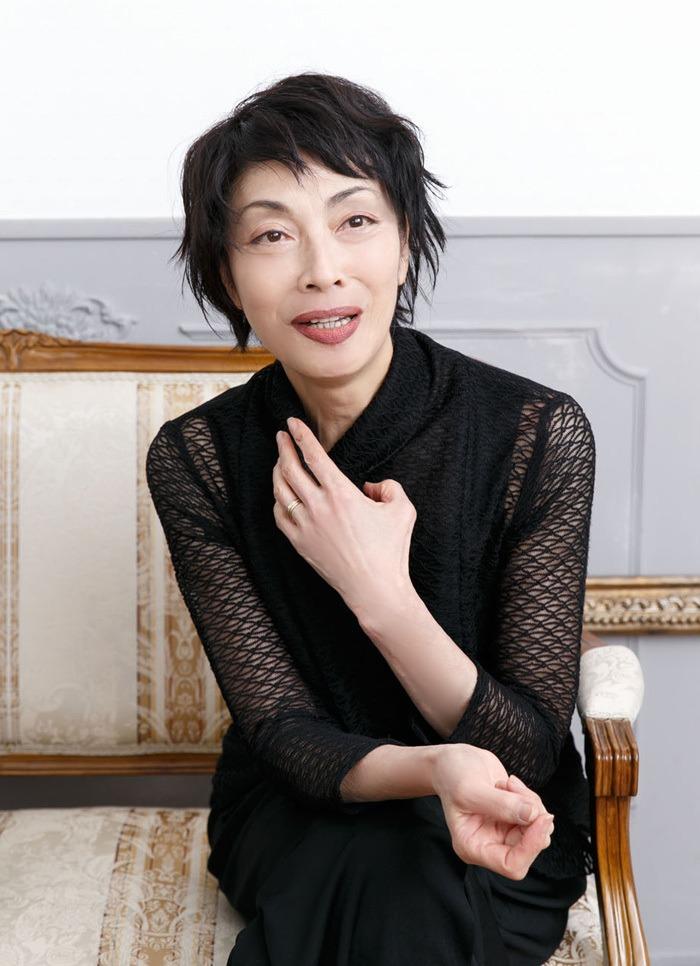 麻実れい (撮影:坂野則幸)