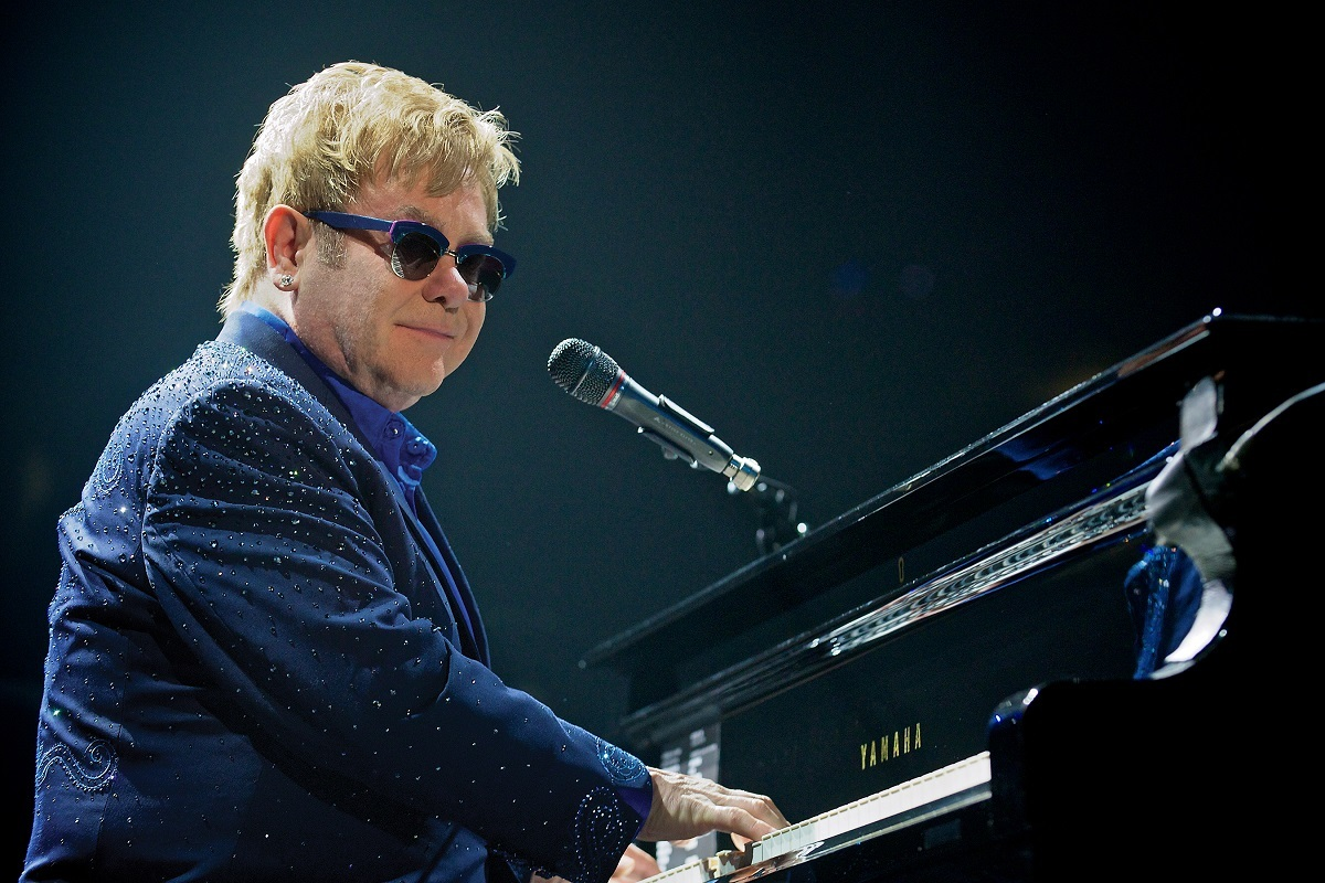 エルトン・ジョン(Elton John) Photo by Andrew Potter