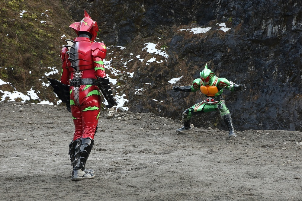 ©2016「仮面ライダーアマゾンズ」製作委員会 ©石森プロ・東映