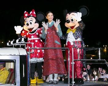 武井咲、ミッキーマウスと一夜限りのイベントに登場!