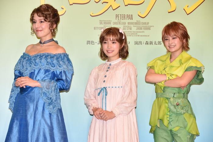 瀬戸カトリーヌ、美山加恋、吉柳咲良(左から)