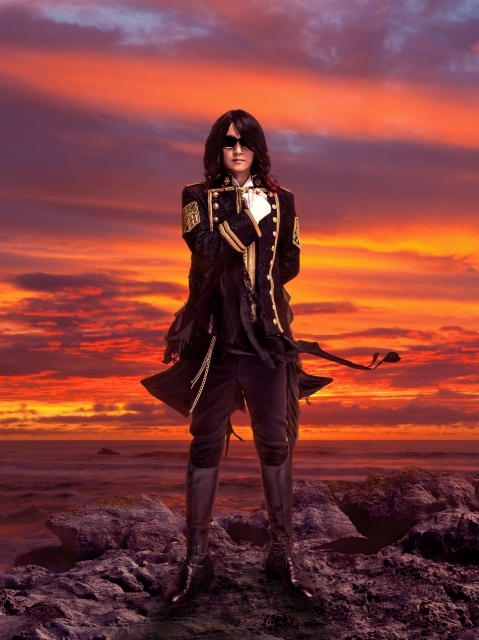 Linked Horizon Revo
