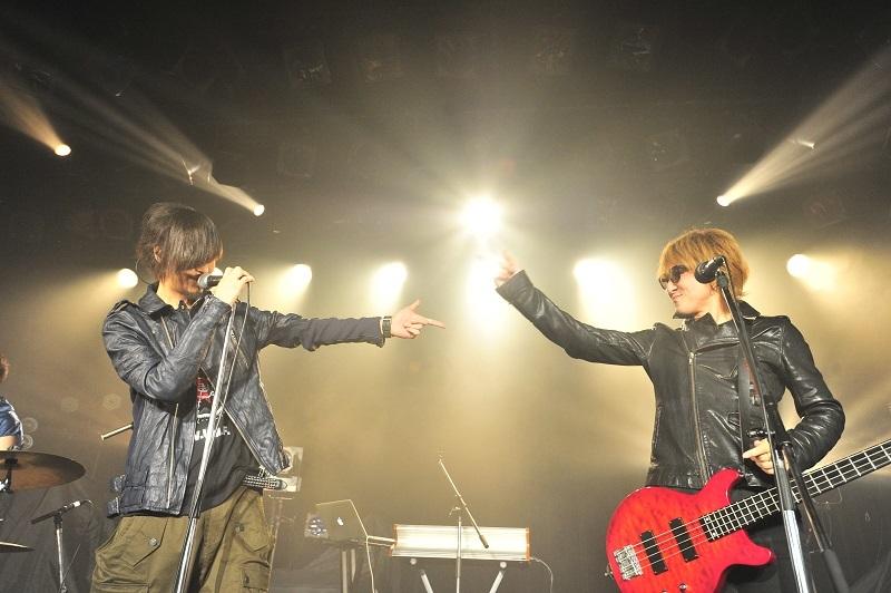 minus(-) 藤井麻輝×J