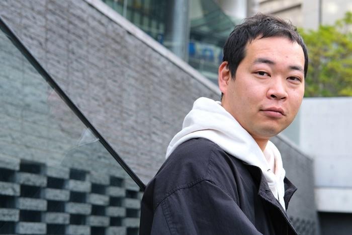 匿名劇壇主宰で劇作家・演出家の福谷圭祐。