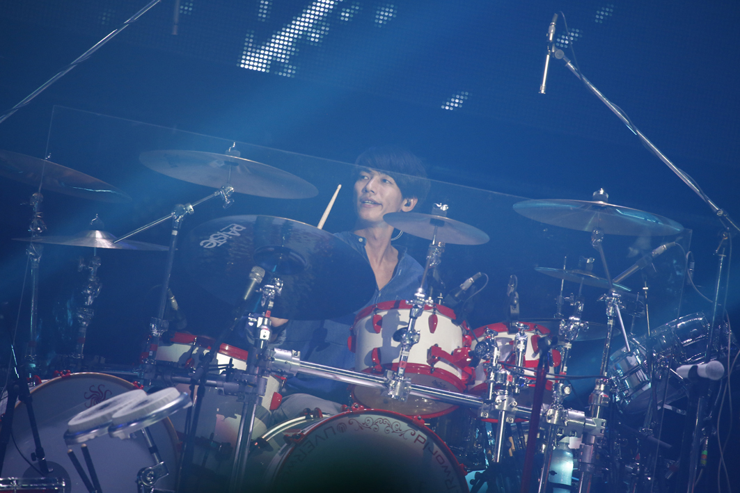 UVERworld PHOTO:山内洋枝
