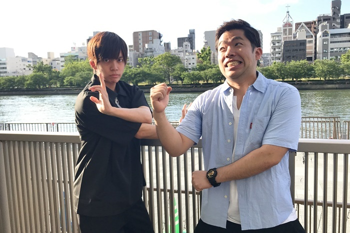 (左から)竹下健人(劇団Patch)、竹村晋太朗(劇団壱劇屋) [撮影]吉永美和子
