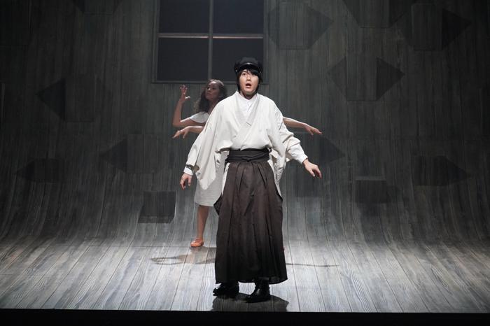 舞台『半神』ゲネプロより【撮影:田中亜紀】