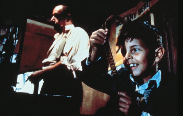 『ニュー・シネマ・パラダイス』より (c)1989 CristaldiFilm