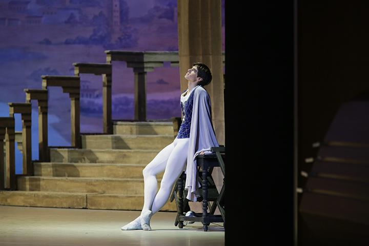 『ロミオとジュリエット』より C)N.Razina