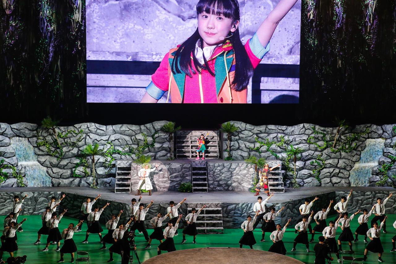 エンディングは各地代表の高校生ダンサーも登場。会場が一体となって盛り上がること必至!