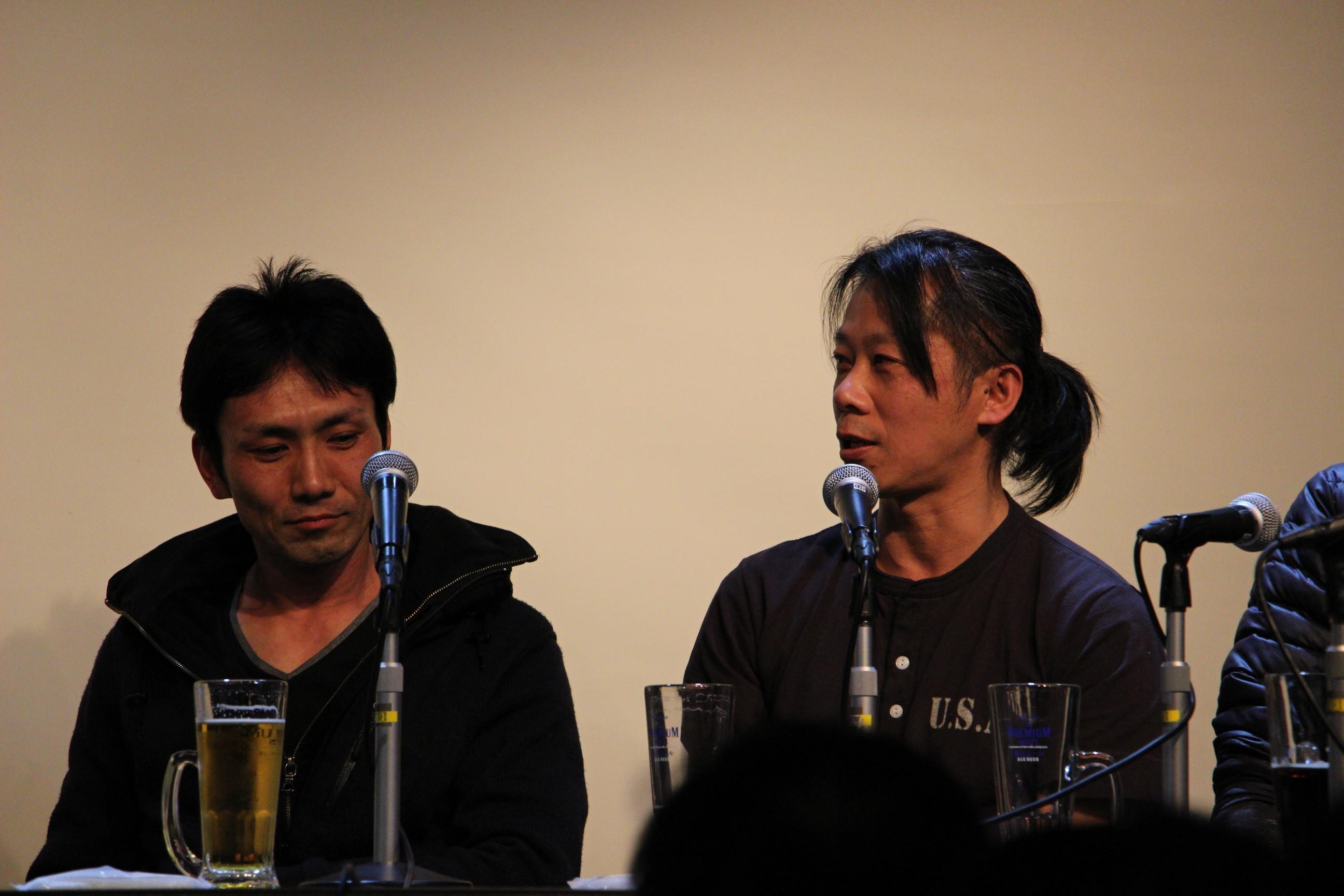 下村勇二(左)、森崎えいじ(右)